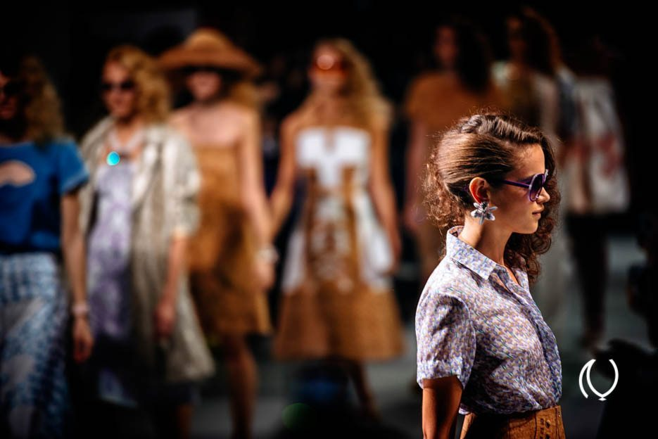 EyesForLondon-Luxury-Naina.co-Raconteuse-Visuelle-Visual-StoryTeller-Photographer-London-Fashion-Week-Holly-Fulton-Catwalk-Sept-2013