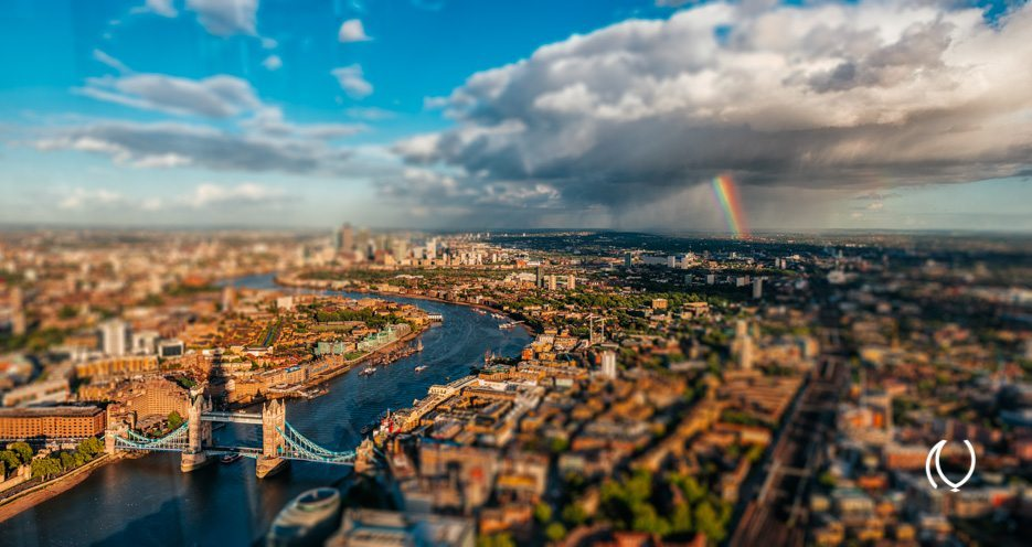 EyesForLondon-View-From-The-Shard-La-Raconteuse-Visuelle-Luxury-Naina.co-Photographer-Color-Travel