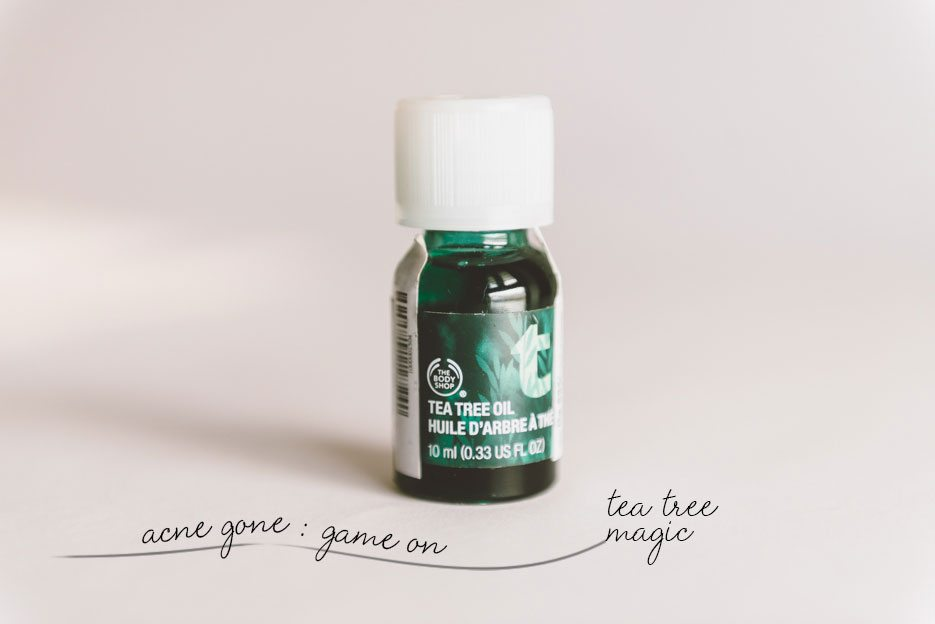 Naina.co-BodyShop-Tea-Tree-Oil-Blend-Anti-Acne
