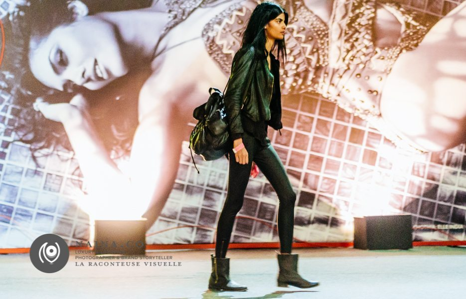 Naina.co-Photographer-Raconteuse-Storyteller-Luxury-Lifestyle-October-2014-Street-Style-WIFWSS15-FDCI-Day01-EyesForFashion-35