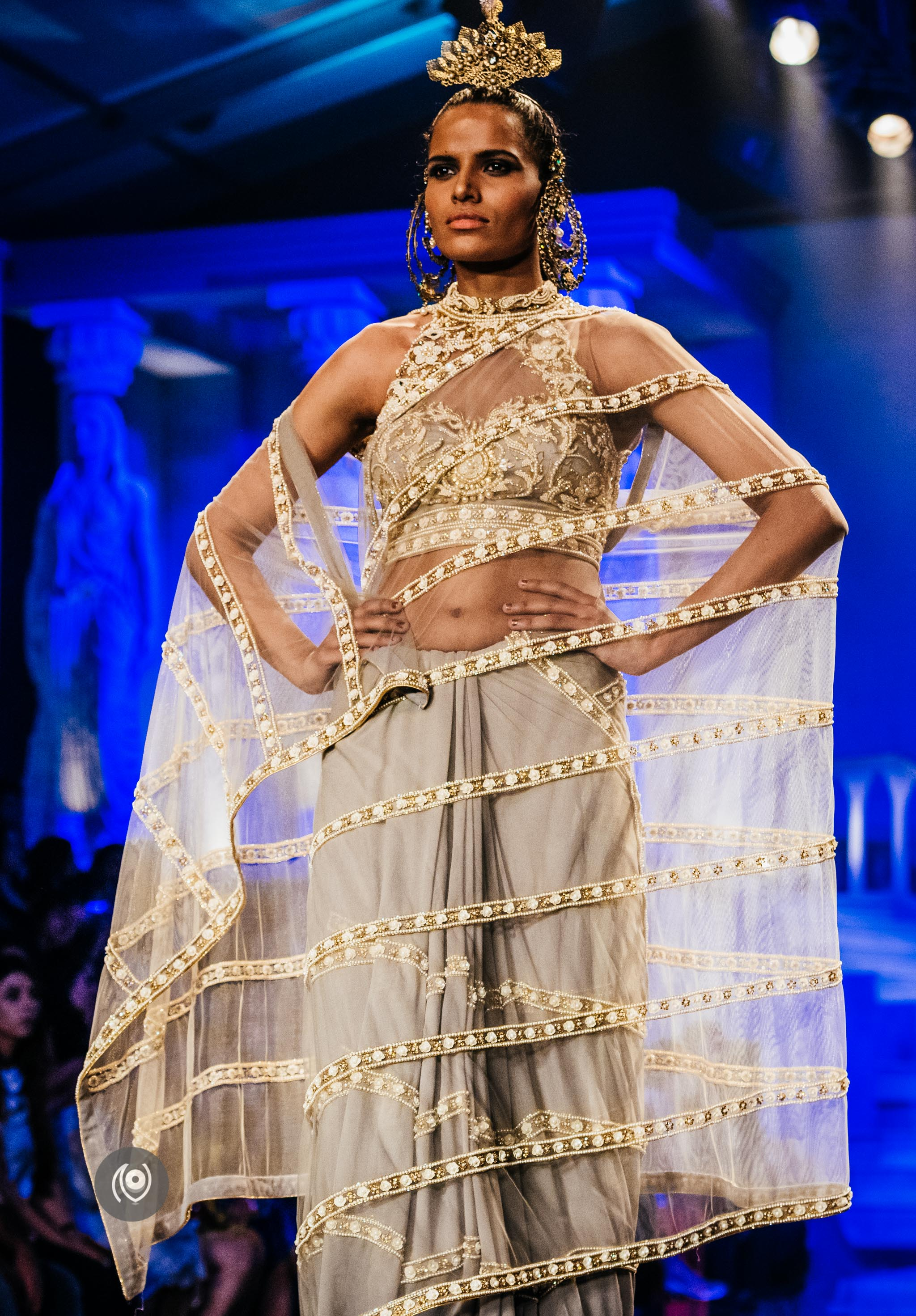 #SwarovskiCrystals Suneet Varma Grand Finale, BMW India Bridal Fashion Week, #BMWIBFW, Naina.co Luxury & Lifestyle, Photographer Storyteller, Blogger #SwarovskiCouture