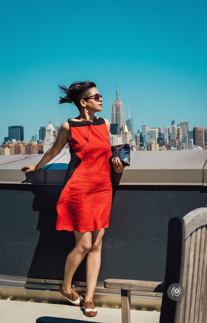 Classic New York Sun Deck #CoverUp 51 #EyesForNewYork #REDHUxNYC #REDHUxAIRBNB Naina.co Luxury & Lifestyle, Photographer Storyteller, Blogger