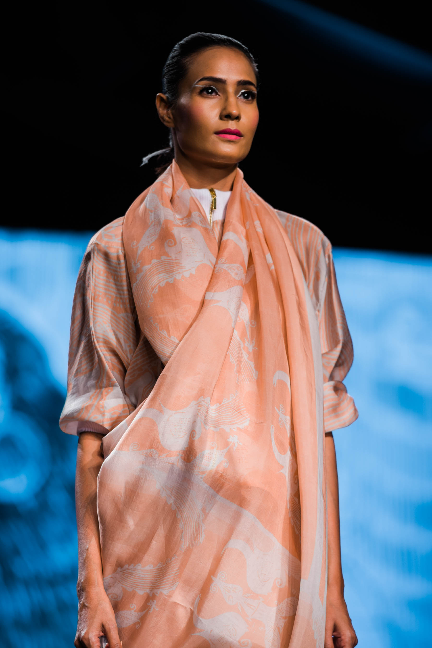 Naina Redhu, Naina.co, Aartivijay Gupta, Fashion Designer, FDCI, Lotus MakeUp India Fashion Week Spring Summer 2019, LMIFWSS19, LMIFW, India Fashion Week, Fashion Week Delhi, MadeInIndia, Made In India, EyesForFashion, Professional Photographer, Blogger, Fashion Photographer, Lifestyle Photographer, Luxury Photographer, Delhi Photographer, Gurgaon Photographer, Delhi Blogger, Gurgaon Blogger, Indian Blogger