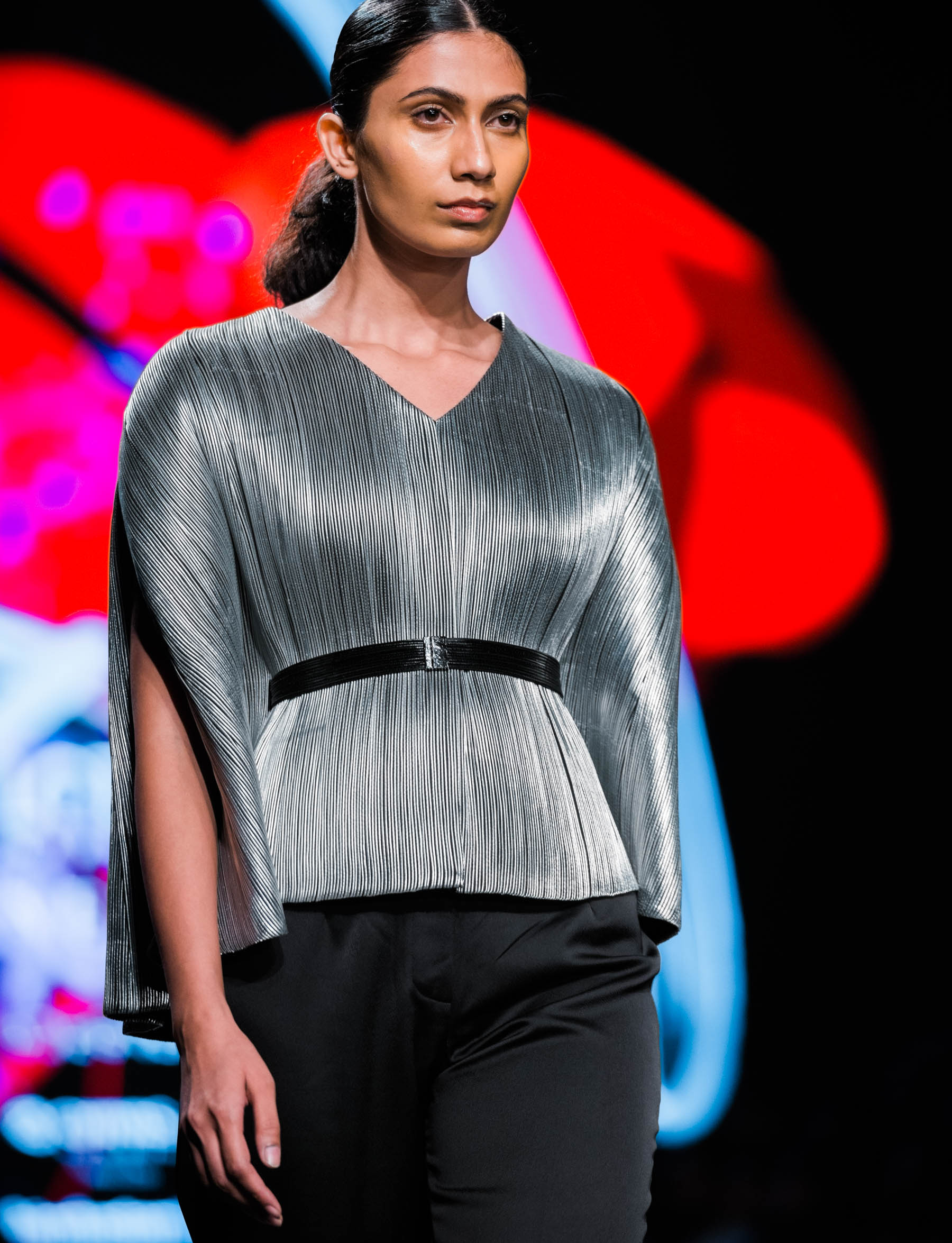 Naina Redhu, Naina.co, Rimzim Dadu, Fashion Designer, FDCI, Lotus MakeUp India Fashion Week Spring Summer 2019, LMIFWSS19, LMIFW, India Fashion Week, Fashion Week Delhi, MadeInIndia, Made In India, EyesForFashion, Professional Photographer, Blogger, Fashion Photographer, Lifestyle Photographer, Luxury Photographer, Delhi Photographer, Gurgaon Photographer, Delhi Blogger, Gurgaon Blogger, Indian Blogger