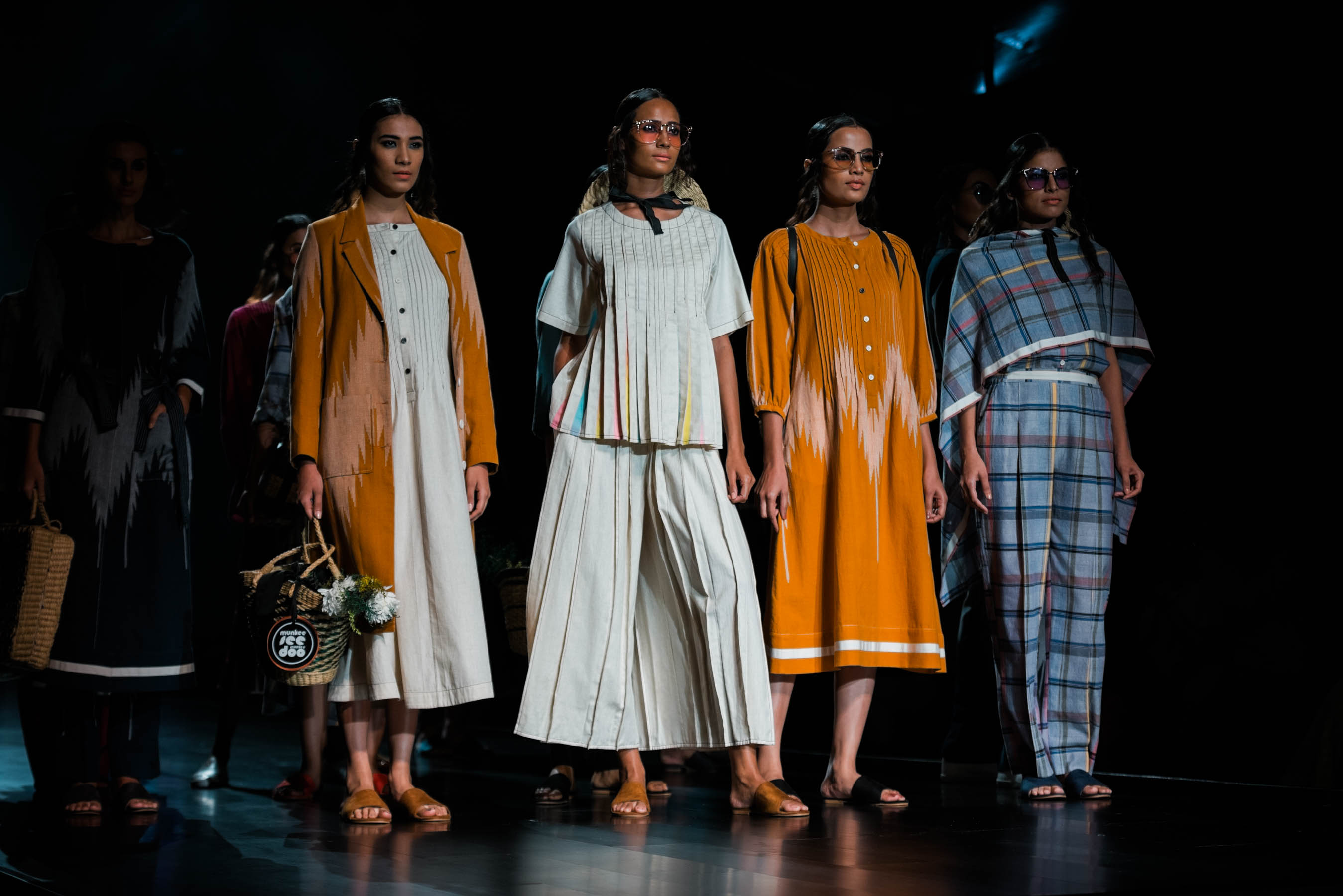 Naina Redhu, Naina.co, Munkee See Munkee Doo, MunkeeSeeMunkeeDoo, Fashion Designer, FDCI, Lotus MakeUp India Fashion Week Spring Summer 2019, LMIFWSS19, LMIFW, India Fashion Week, Fashion Week Delhi, MadeInIndia, Made In India, EyesForFashion, Professional Photographer, Blogger, Fashion Photographer, Lifestyle Photographer, Luxury Photographer, Delhi Photographer, Gurgaon Photographer, Delhi Blogger, Gurgaon Blogger, Indian Blogger
